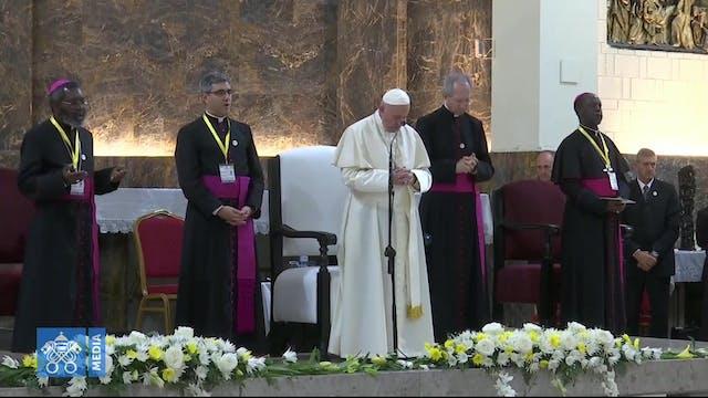Pope to Mozambique priests: Renew voc...
