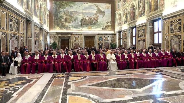 "El Papa al Tribunal Apostólico de la Rota Romana: ""La fidelidad es posible"""