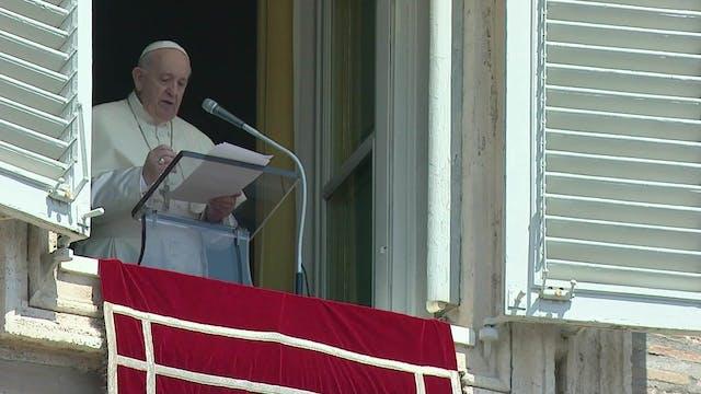 Papa: La Asunción de la Virgen es más...