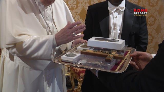 Papa Francisco: Llevo Haití en mi cor...