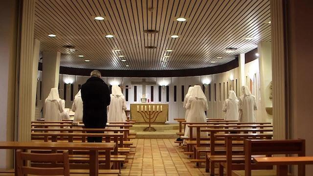 Cardenal limosnero del Papa llevó comida a monjas en cuarentena