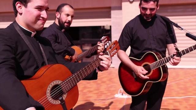 Sacerdotes componen música para transmitir esperanza durante la pandemia