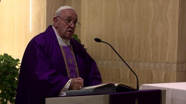 Papa en Santa Marta: Construye la vida con Cristo, no con falsas apariencias
