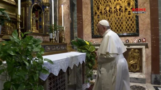 Pope prays for end to coronavirus