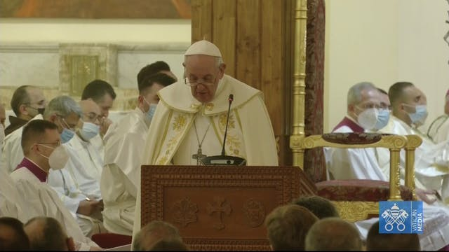 Pope to decimated Iraqi Christian com...