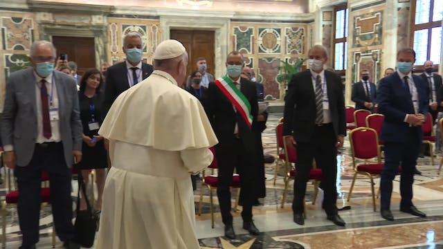 El Mundo visto desde el Vaticano 16-0...