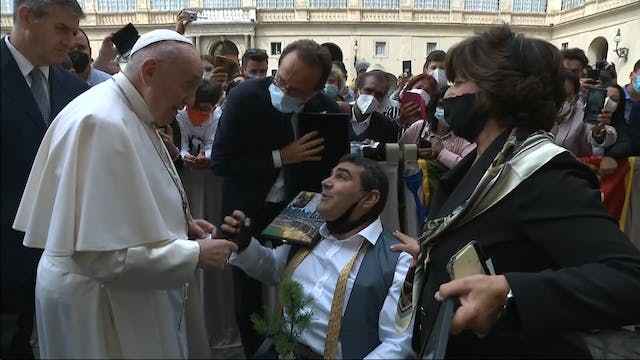 Pope Francis meets paralyzed climate ...