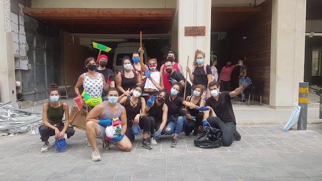 Latino migrants join Lebanese to clea...