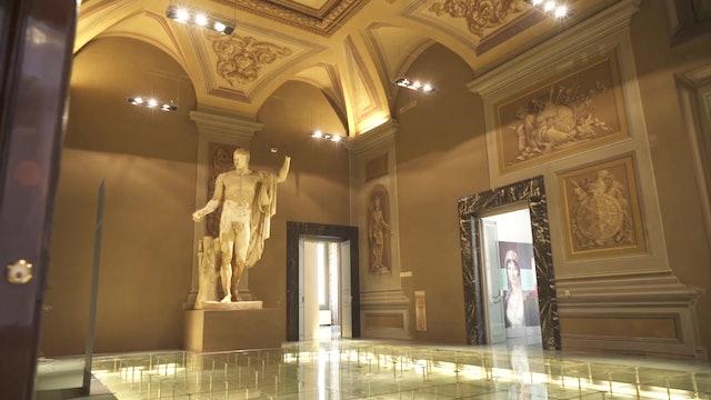Reabren el icónico Palacio Napoleón en el centro de Roma