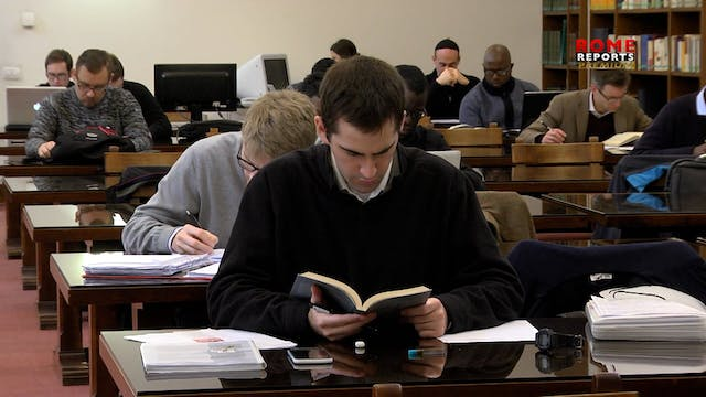 Pontifical university launches free o...