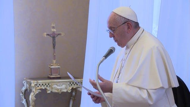 Francisco regresa al Vaticano tras 11...