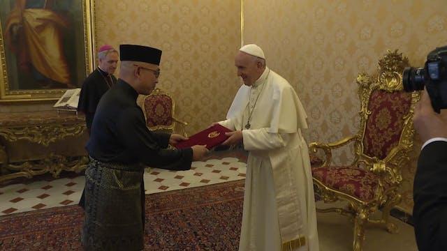 Nuevo embajador de Malasia entregó su...