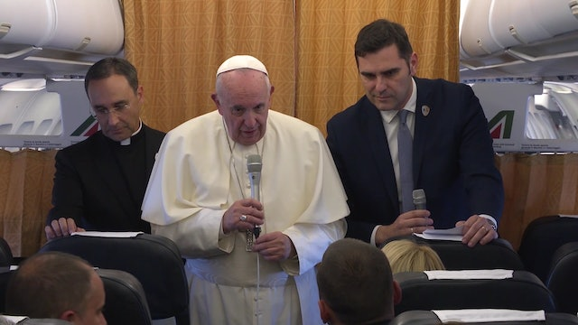 Press conference on the plane: Women deacons and the secret to pope's vitality