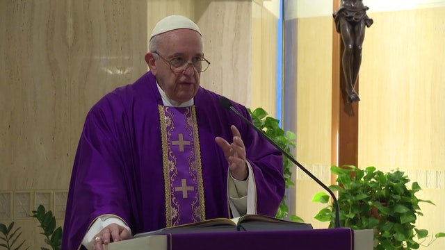 Pope Francis in Santa Marta: those who do not listen to God try to discredit Him