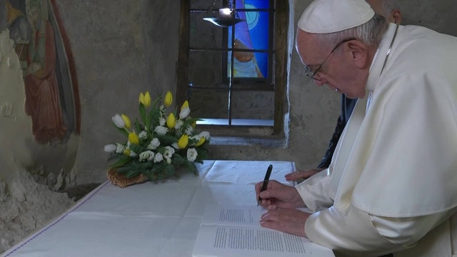 Three main ideas in pope's letter about nativity scene