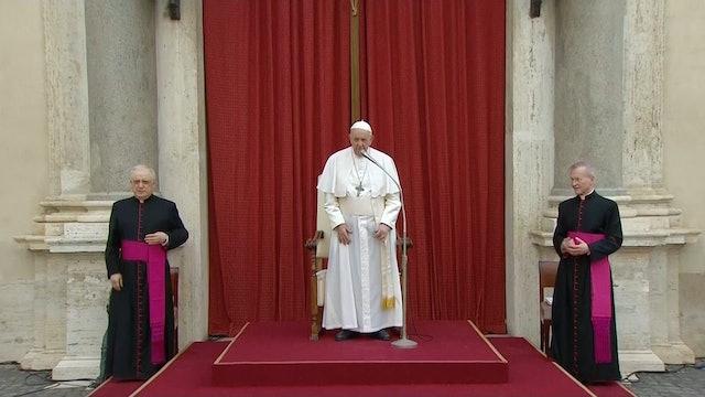 Papa alerta de falsos predicadores que se infiltran en redes sociales