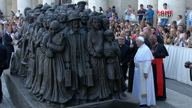 Artist of new sculpture in St. Peter'...