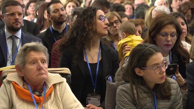 Papa a trabajadores sanitarios: El paciente no es un número, es una persona