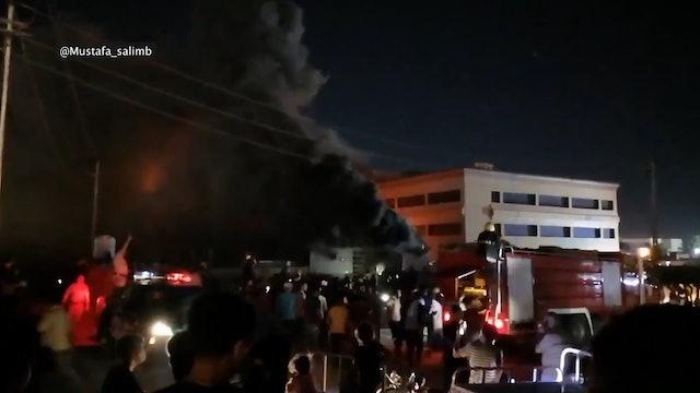 Francisco reza por los fallecidos en el incendio de un hospital COVID en Irak