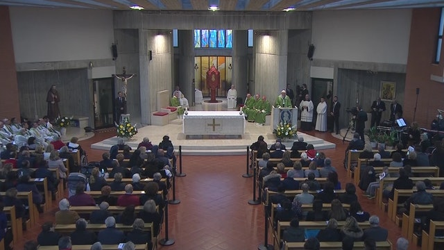 El Papa visita una parroquia: La lengua puede destruir como una bomba atómica