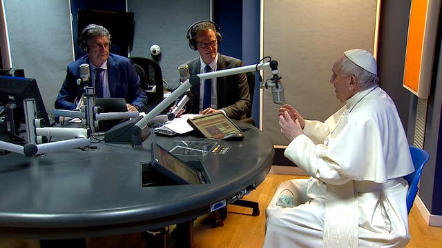 Pope Francis challenges Vatican media...
