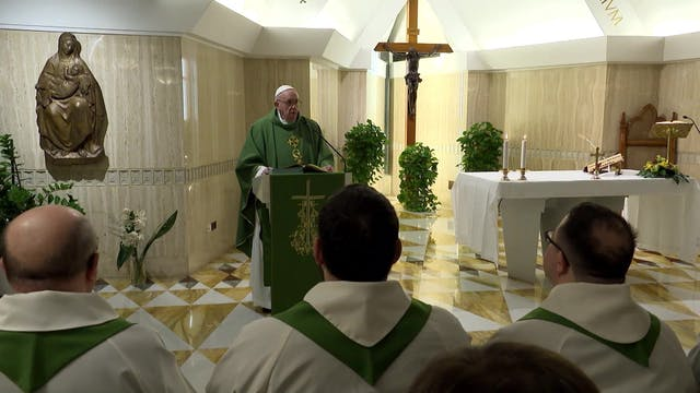 Papa en Santa Marta: Si somos mundano...