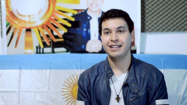 Nico Fernández, el cantautor que part...