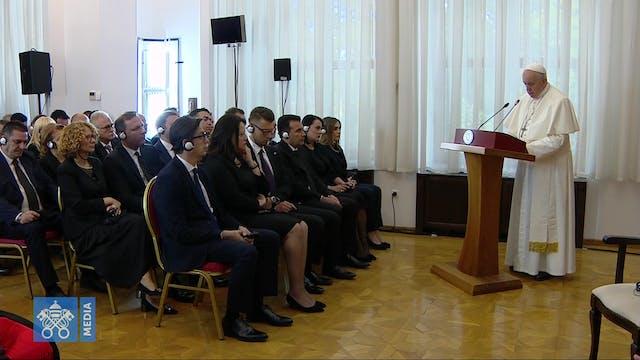 El Papa llega a Macedonia: aceptar la...