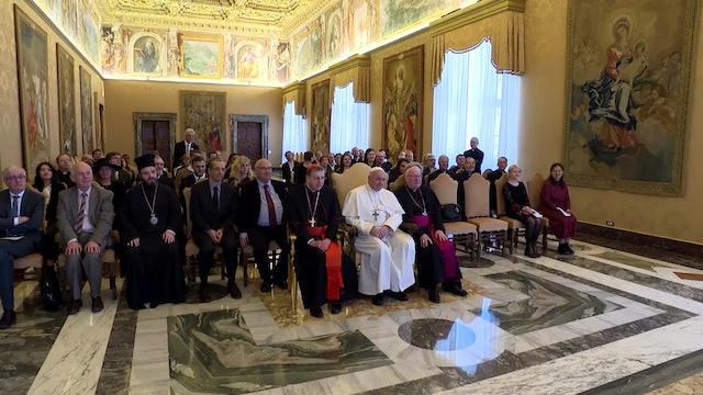 Francisco: Que párrocos y rabinos trabajen juntos para ayudar a quienes sufren