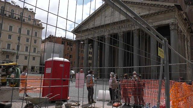 Descubren ante el Panteón de Roma pav...