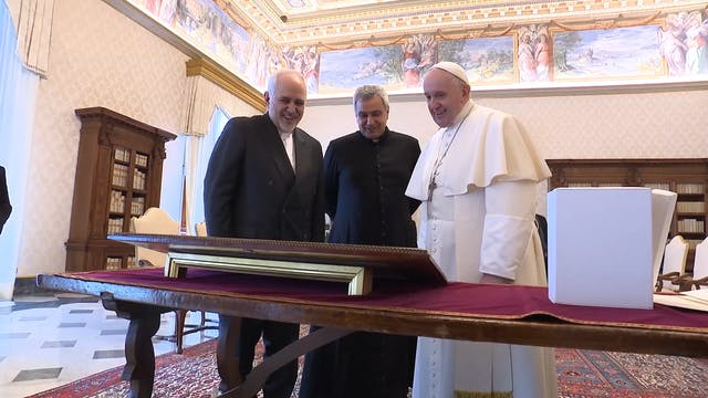 Pope Francis meets with Iranian Forei...