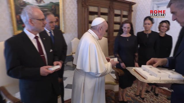 Pope Francis and President of Latvia ...