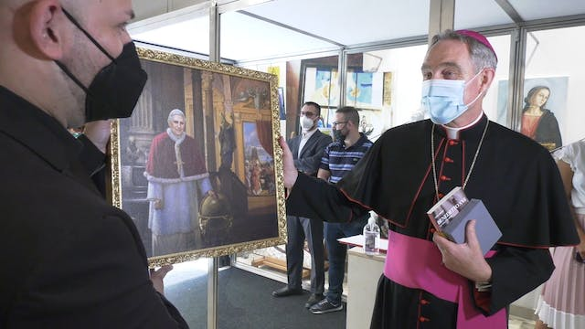 Personal objects from Benedict XVI's ...