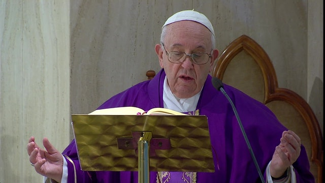 Coronavirus: Pope prays for families to rediscover affection that unites them