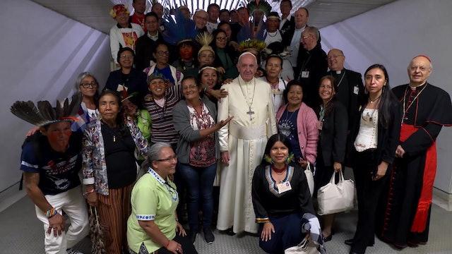 Francisco se reúne con líderes indígenas en el Vaticano