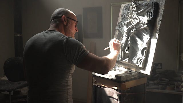 Canadian artist gives Pope first of 1...