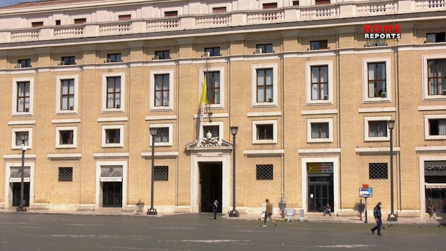 With half-mast flags, Vatican joins Italy in moment of silence for COVID victims