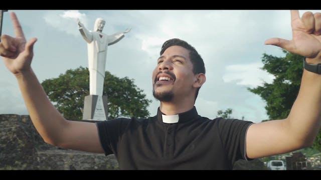 Panamanian priest reinvents evangeliz...