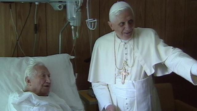 Benedict XVI renounces to his brother's inheritance