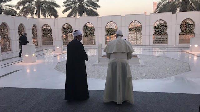 Papa se reúne en la mezquita Jeque Za...