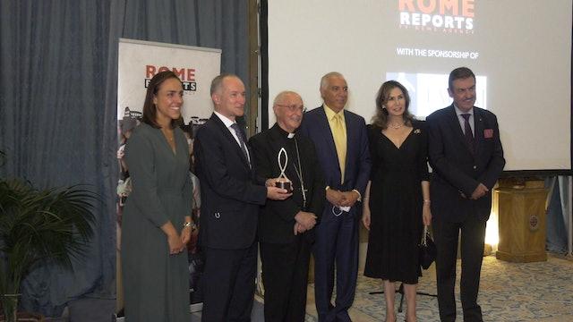"Princess Ruspoli presents ""Mirabile Dictu"" award to Rome Reports for documentary"