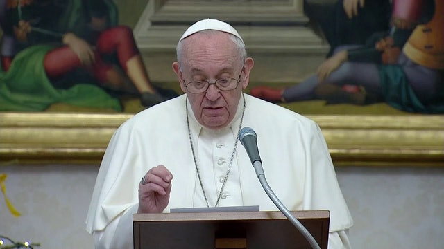 Pope at Angelus: For 2021 to be a good year, we must take more care of others