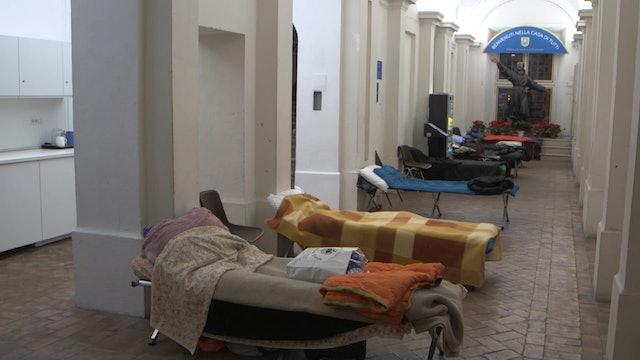 Parroquia en Roma abre las 24 horas para acoger a personas sin hogar