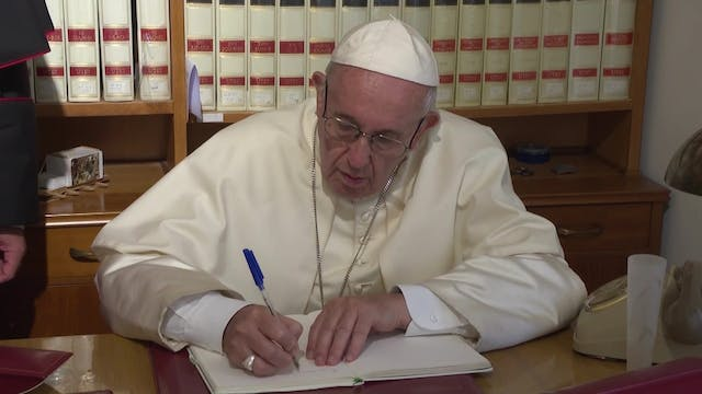 Pope explains his letter on the rosary
