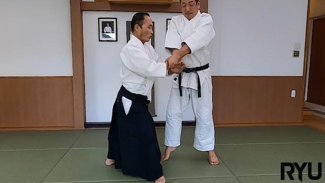 両手持ち四方投げ(一)新!!Ryote mochi shihonage (...