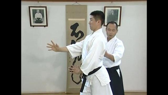 右半身の構え Migi Hanmi no Kamae