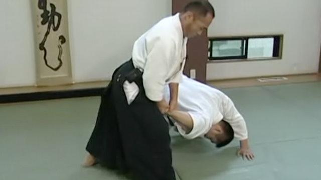 正面打ち四ヶ条抑え(一) Shomen uchi yonkajo osae (1)