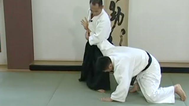 胸持ち肘絞め(二) Mune mochi hijishime (2)