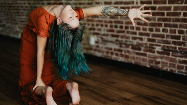{sacred} Flow with Malerie, 30 Mins (...