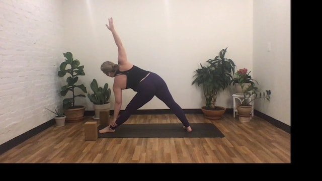 {sacred}sweat with Annelise, 40 minutes (Livestream 9/16)